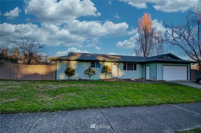 1012 NW Cathlamet Drive, Oak Harbor, WA 98277 (#1694510) :: Hauer Home Team