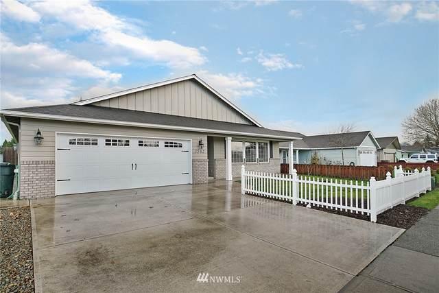 1562 32nd Avenue, Longview, WA 98632 (#1694665) :: Canterwood Real Estate Team