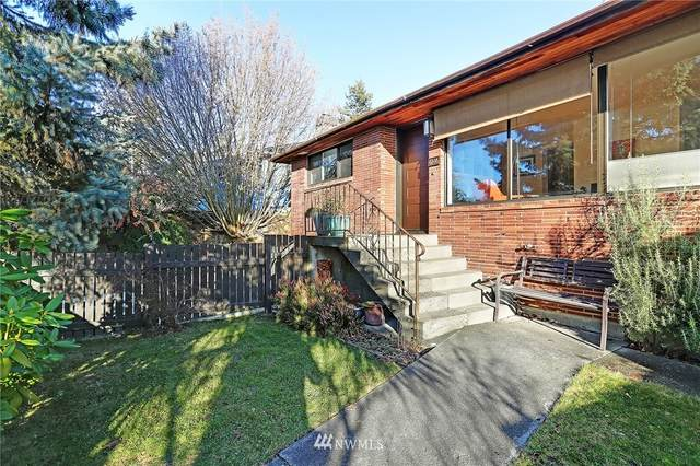 4146 46th Avenue SW, Seattle, WA 98116 (#1694931) :: The Snow Group