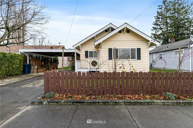 310 Second Street, Sumas, WA 98295 (#1696205) :: Keller Williams Realty