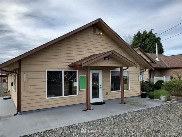 205 Centre Street S, Rainier, WA 98576 (#1696248) :: Mike & Sandi Nelson Real Estate