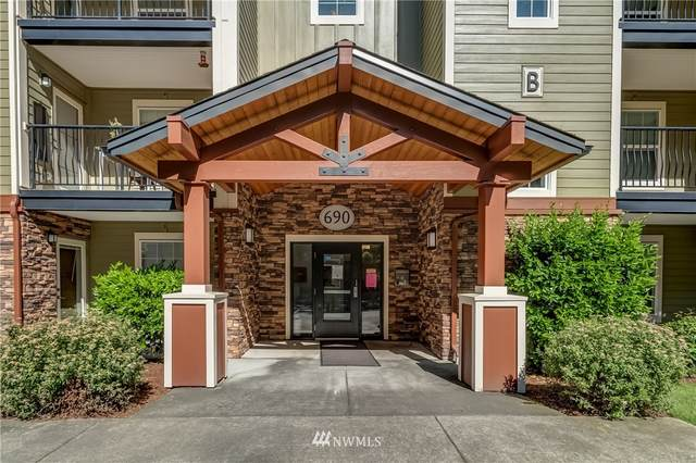 690 32nd Street B304, Bellingham, WA 98225 (MLS #1696725) :: Community Real Estate Group