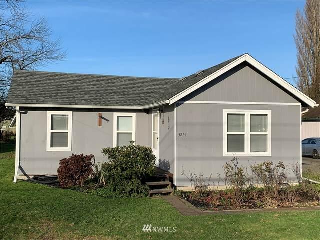 3224 Washington Way, Longview, WA 98632 (#1696782) :: The Shiflett Group