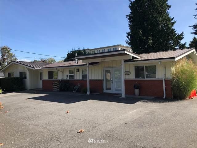11431 NE 20th Street, Bellevue, WA 98004 (MLS #1698009) :: Community Real Estate Group