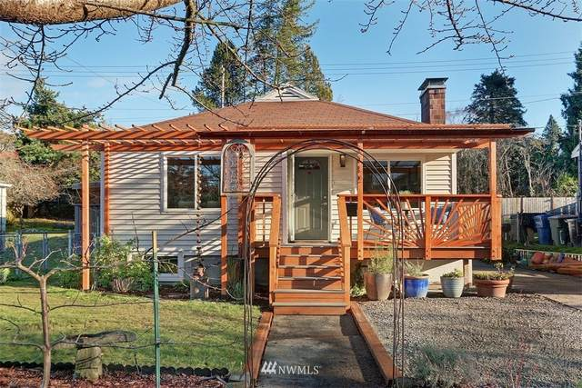 6032 37th Avenue SW, Seattle, WA 98136 (#1698102) :: TRI STAR Team | RE/MAX NW