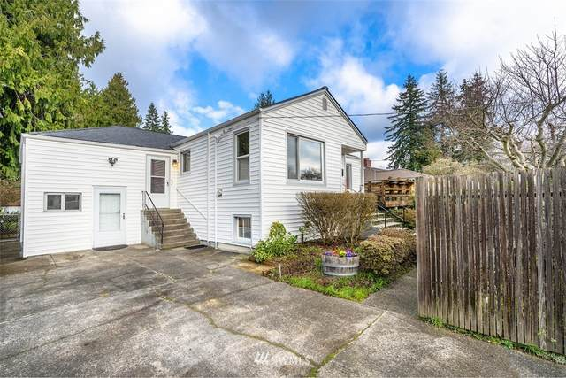 4242 NE 113th Street, Seattle, WA 98125 (#1698111) :: TRI STAR Team | RE/MAX NW