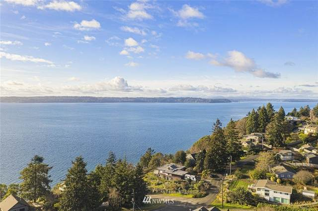 12137 Marine View Dr. Sw, Burien, WA 98146 (MLS #1698116) :: Community Real Estate Group