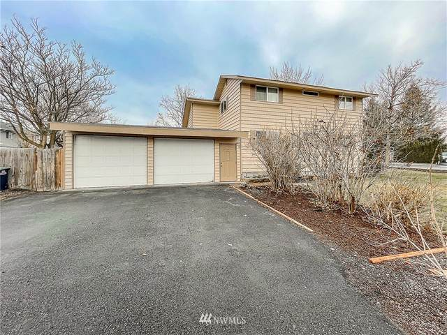 4305 W Lakeshore, Moses Lake, WA 98837 (MLS #1698401) :: Community Real Estate Group