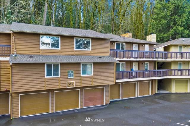 515 Newport Way NW B6, Issaquah, WA 98027 (#1698404) :: Ben Kinney Real Estate Team