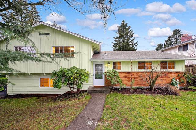 256 SW 184th Street, Normandy Park, WA 98148 (MLS #1698527) :: Community Real Estate Group
