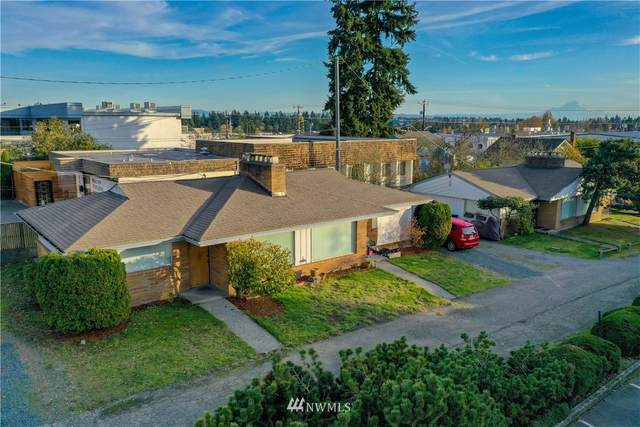 909 N 130th Street, Seattle, WA 98133 (#1710449) :: Pickett Street Properties