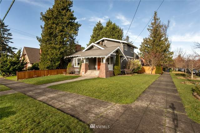 4602 SW Walker Street, Seattle, WA 98116 (#1710894) :: Canterwood Real Estate Team