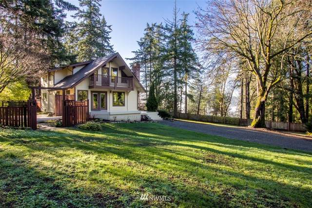 7781 Hansen Road NE, Bainbridge Island, WA 98110 (#1711351) :: Keller Williams Realty