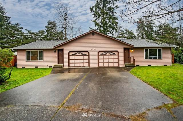 1203 103rd Place SW, Everett, WA 98204 (#1711393) :: Tribeca NW Real Estate