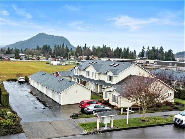 1450 Mountain View Drive, Enumclaw, WA 98022 (#1712515) :: The Kendra Todd Group at Keller Williams