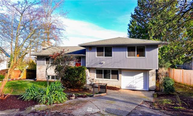 10412 Aqua Way S, Seattle, WA 98168 (#1712640) :: Urban Seattle Broker