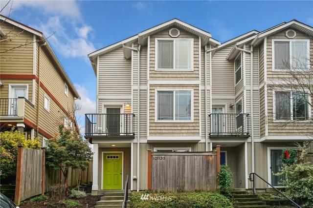 12020 33rd Avenue NE C, Seattle, WA 98125 (#1712861) :: Better Properties Real Estate