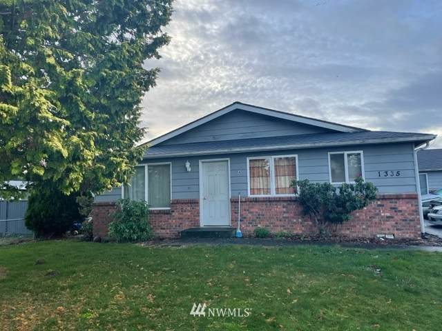 1313 Main Street, Lynden, WA 98264 (#1713435) :: Ben Kinney Real Estate Team
