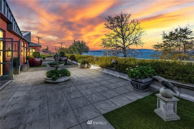 2818 Alki Avenue SW, Seattle, WA 98116 (#1714030) :: Ben Kinney Real Estate Team