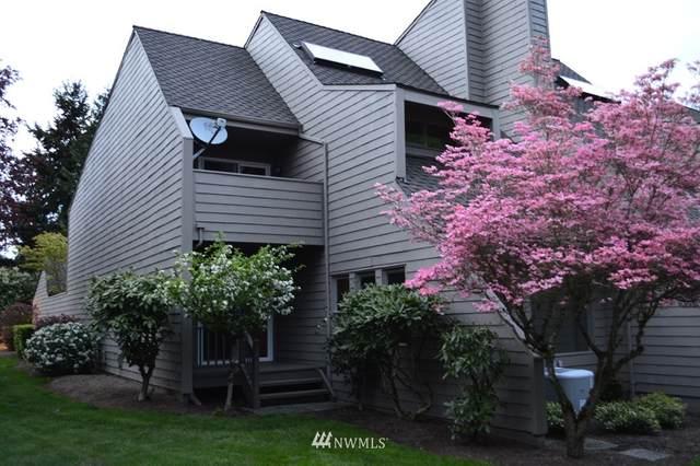 10201 NE 19th Place, Bellevue, WA 98004 (#1714167) :: Pickett Street Properties