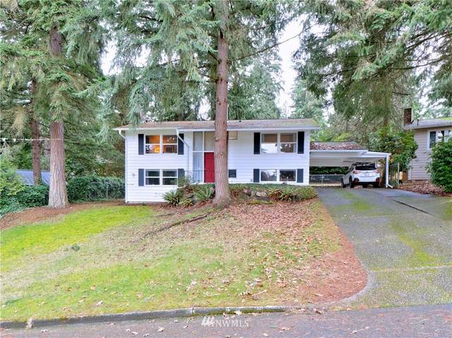 15033 SE 14th Street, Bellevue, WA 98007 (MLS #1714170) :: Community Real Estate Group