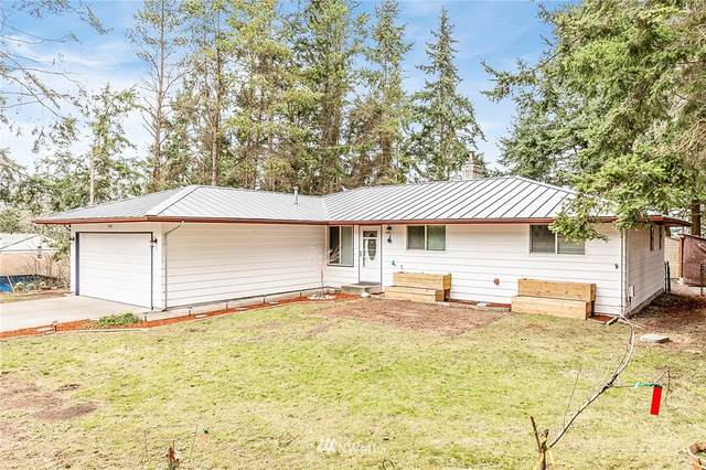 942 Yvonne Avenue, Oak Harbor, WA 98277 (#1714173) :: Canterwood Real Estate Team