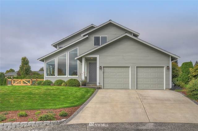 734 NE Shorewood Court, Poulsbo, WA 98370 (MLS #1714196) :: Community Real Estate Group