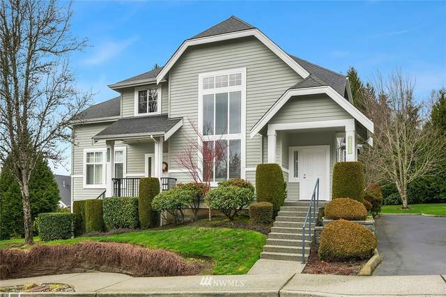 6731 161st Avenue SE B, Bellevue, WA 98006 (#1714464) :: Ben Kinney Real Estate Team
