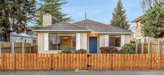 10527 Interlake Avenue N, Seattle, WA 98133 (MLS #1714496) :: Community Real Estate Group