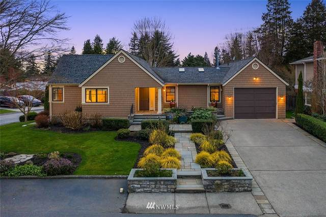 7701 Ridge Drive NE, Seattle, WA 98115 (#1714534) :: The Original Penny Team
