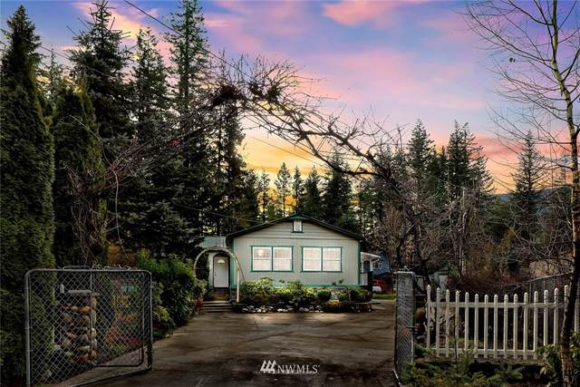 6191 Silver Spruce Way, Maple Falls, WA 98266 (MLS #1714549) :: Community Real Estate Group