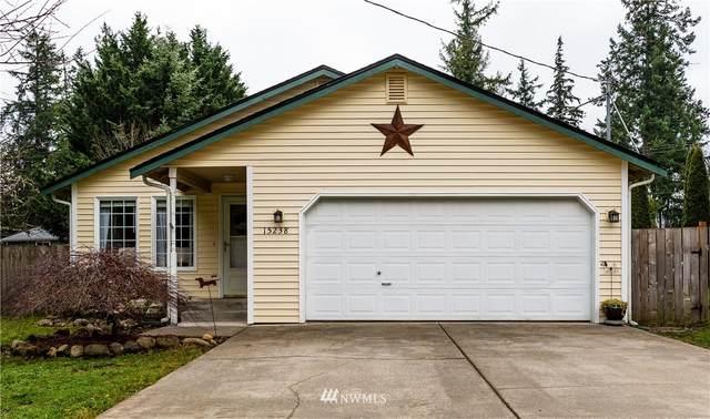 15238 Lindsay Road SE, Yelm, WA 98597 (#1714925) :: Keller Williams Realty