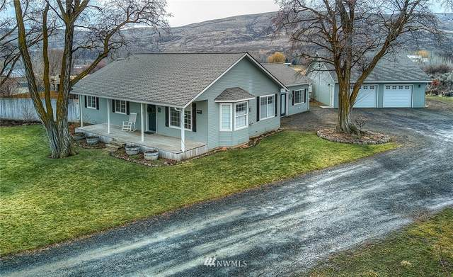 22860 Ahtanum Road, Yakima, WA 98908 (#1715272) :: Keller Williams Realty