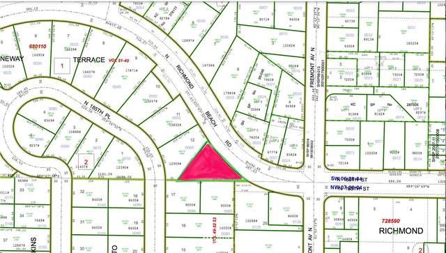 1 N 185th St, Shoreline, WA 98133 (#1715373) :: Ben Kinney Real Estate Team