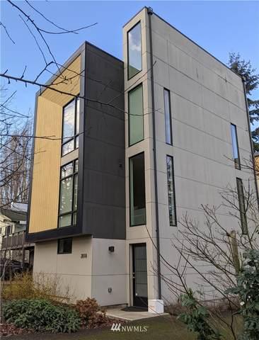 2818 SW Genesee Street, Seattle, WA 98126 (#1715422) :: Urban Seattle Broker