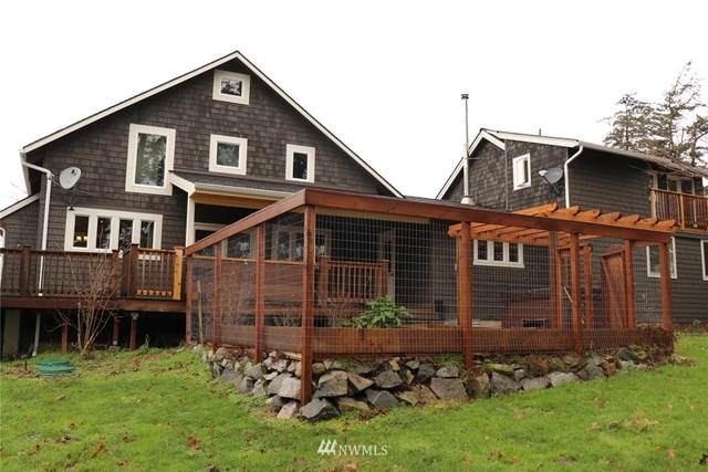 230 Skyview Drive, Friday Harbor, WA 98250 (#1715744) :: Alchemy Real Estate