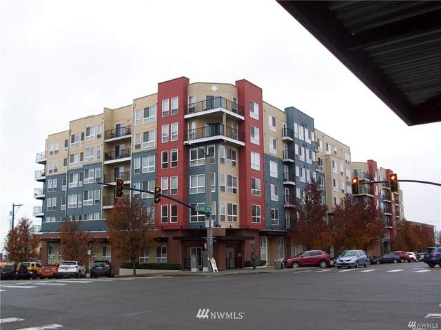 2818 Grand Avenue B403, Everett, WA 98201 (#1715783) :: Ben Kinney Real Estate Team