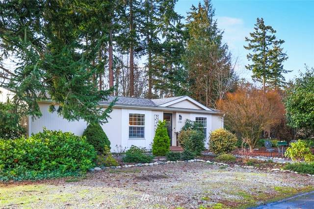 2081 Victoria Avenue, Port Townsend, WA 98368 (#1715805) :: My Puget Sound Homes