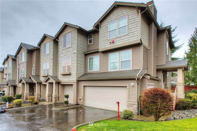 15325 155th Pl Place Q6, Renton, WA 98058 (MLS #1715843) :: Community Real Estate Group
