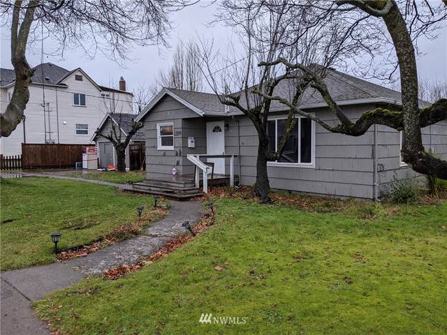 1209 Battersby Avenue, Enumclaw, WA 98022 (#1716029) :: The Kendra Todd Group at Keller Williams