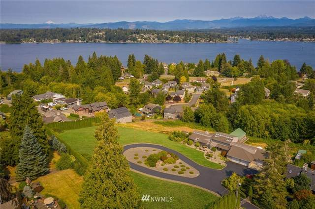 305 101st Avenue NE, Lake Stevens, WA 98258 (#1716123) :: Ben Kinney Real Estate Team