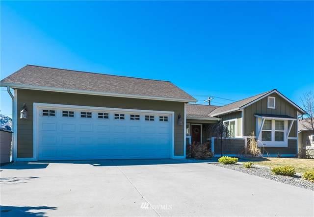 105 Madisen Lane, Chelan, WA 98816 (#1716180) :: Mike & Sandi Nelson Real Estate