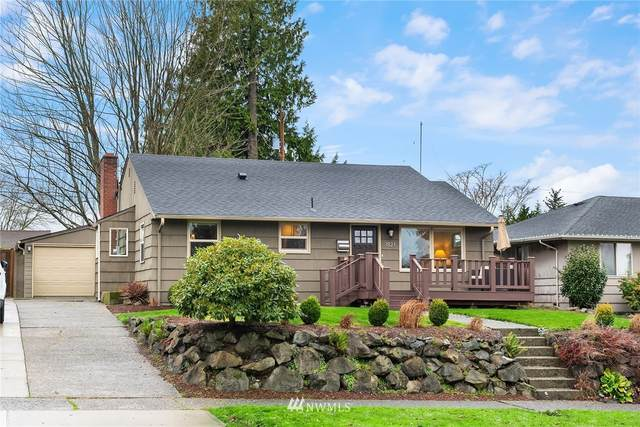 3821 52nd Avenue SW, Seattle, WA 98116 (#1716353) :: Keller Williams Realty