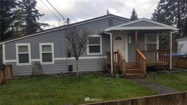 815 110th Street S, Tacoma, WA 98444 (#1716398) :: Ben Kinney Real Estate Team