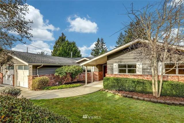 7020 NE 153rd Place, Kenmore, WA 98028 (#1716438) :: Ben Kinney Real Estate Team