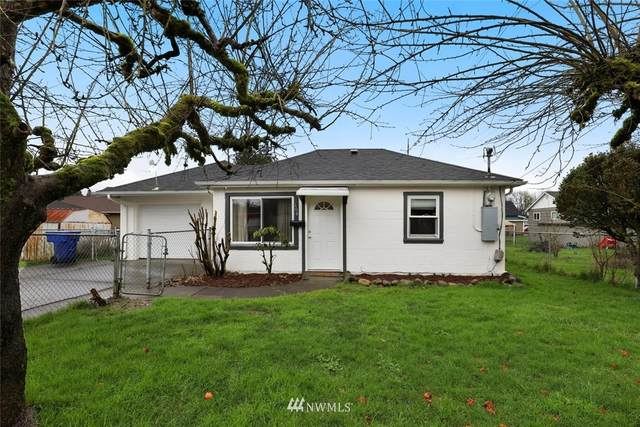 104 Division Street, Kelso, WA 98626 (MLS #1716477) :: Community Real Estate Group