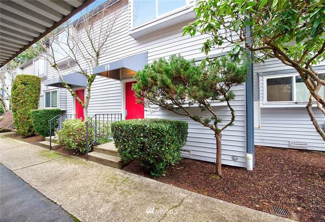 11 146th Avenue SE, Bellevue, WA 98007 (#1716727) :: Ben Kinney Real Estate Team