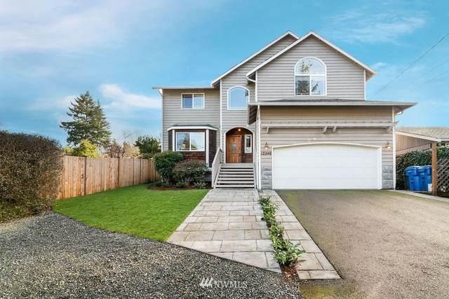 12246 Corliss Avenue N, Seattle, WA 98133 (MLS #1716897) :: Community Real Estate Group