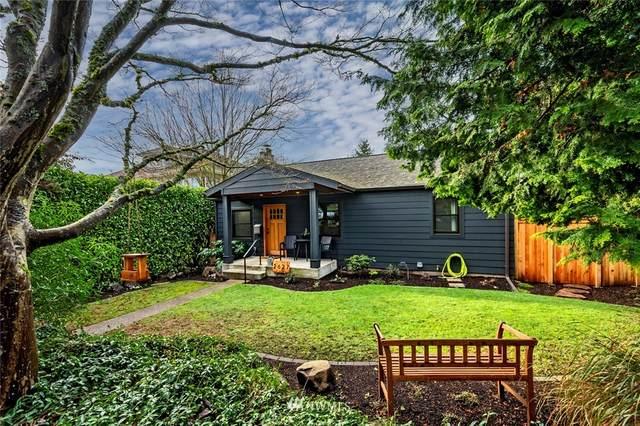 2627 30th Avenue W, Seattle, WA 98199 (#1716944) :: Ben Kinney Real Estate Team