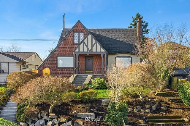 3255 10th Avenue W, Seattle, WA 98119 (#1717151) :: Ben Kinney Real Estate Team
